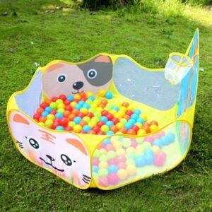 piscina de bolas al aire libre